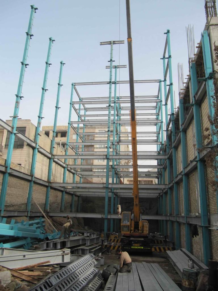 ساختمان اسکلت فلزی با سیستم ستون CFT چیست؟