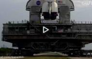 ۳ ابر ماشین عظیم الجثه که بر روی زمین حرکت میکنند
