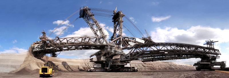هیولایی که در روز ۲۴۰۰۰۰ تن زغال سنگ را میبلعد