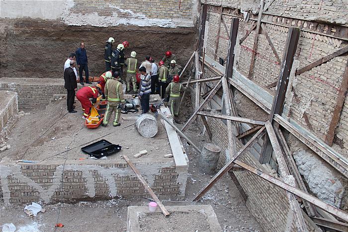 ریزش آوار ساختمانی kara365.ir